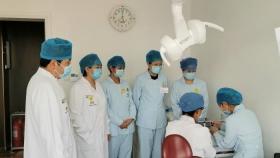 济南市口腔医院特诊科进行护理人员嵌体粘接技术四手操作培训