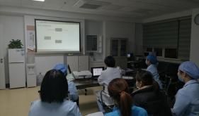 市口腔修复科严格执行护理培训,打造优质护理团队