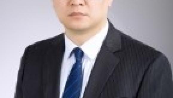 """市口腔修复科副主任王荣林获评济南市卫健委""""脱贫攻坚先进个人""""称号"""