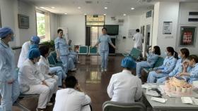 """市口腔医院东院区举办庆祝""""5.12""""国际护士节跳绳比赛"""