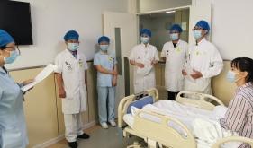 市口腔医院颌面外科病房举行住院患者发热处置应急演练