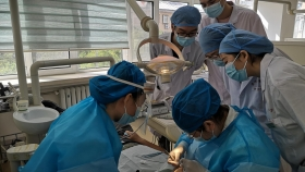 市口腔医院2018级本科生开展牙体牙髓病学临床见习